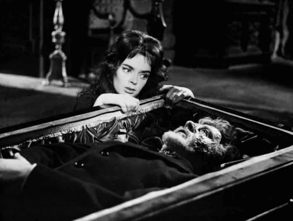 Acorde que o cinema italiano de terror está nascendo!