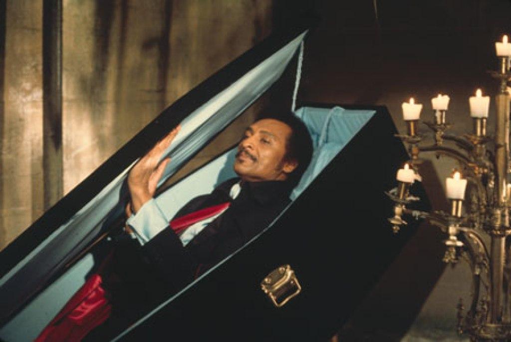 Príncipe Mamwalde retorna dos mortos