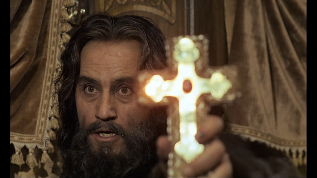 Padre Russo lá da VIla Alpina