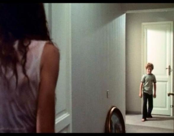 Crianças em corredores...