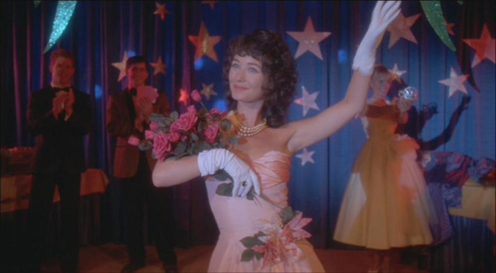 Eu tinha, uma rainha do baile, que se chamava Mary Lou
