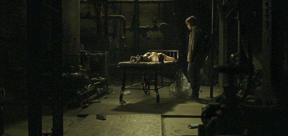 deadgirl-2008-film-rcm0x1920u