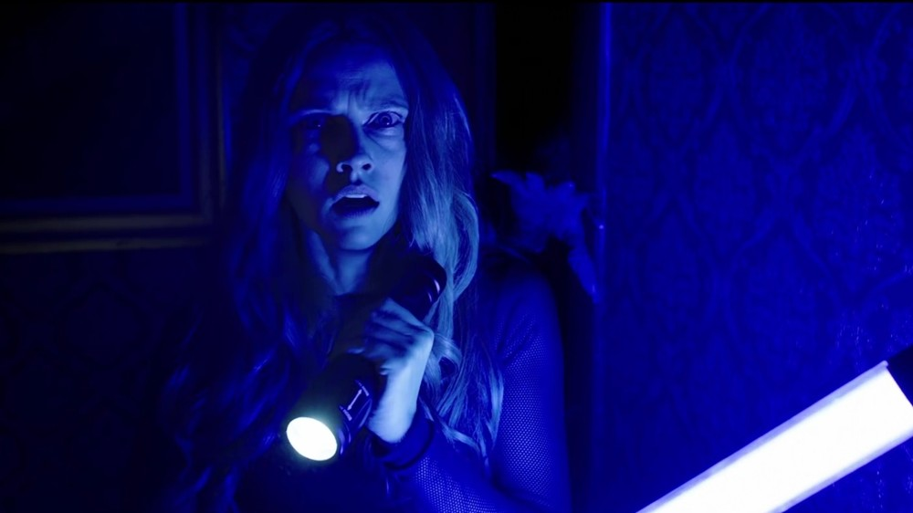 Lights-Out-2016-Horror-Movie-Wallpaper-03093.jpg